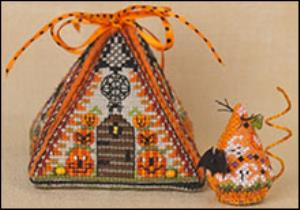 JN297LE Haunted Autumn Mouse in a House